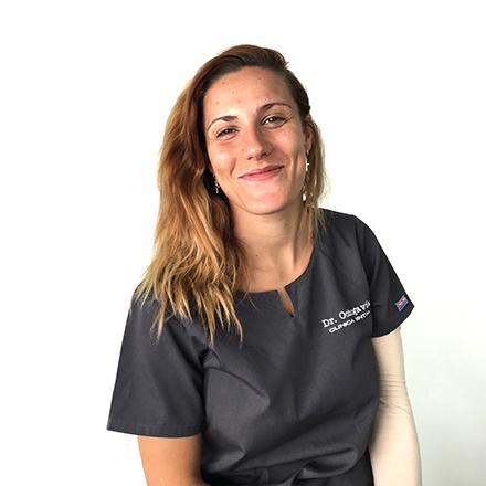 Tania Auxiliar de la Clínica Dental Ochogavía