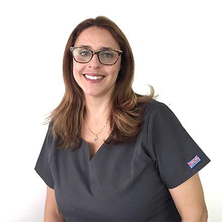Dr. Adriana Pediatra Odontológica de la Clínica Dental Ochogavia